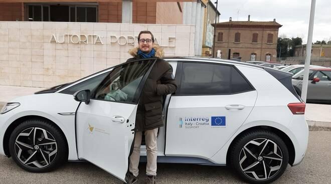 auto elettrica autorità portuale ravenna