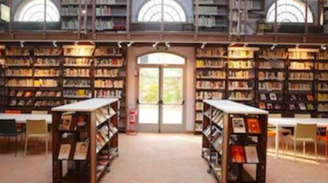 biblioteca di russi