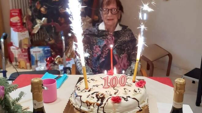 tonina 100 anni