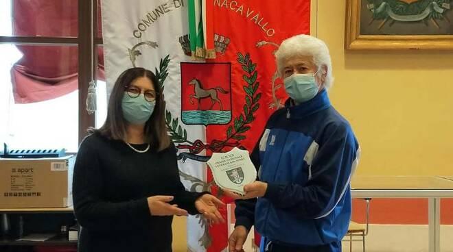 Unione Veterani dello Sport consegna una targa al Comune di Bagnacavallo