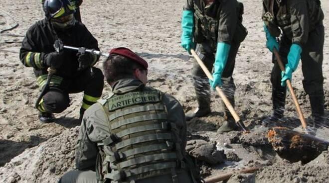 Artificieri della _Folgore_ Esercito Italiano