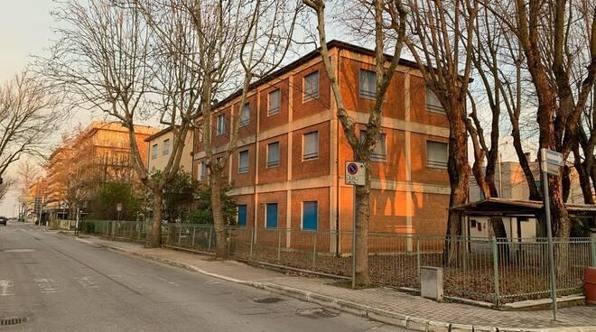 scuola elementare via alberti ceesenatico