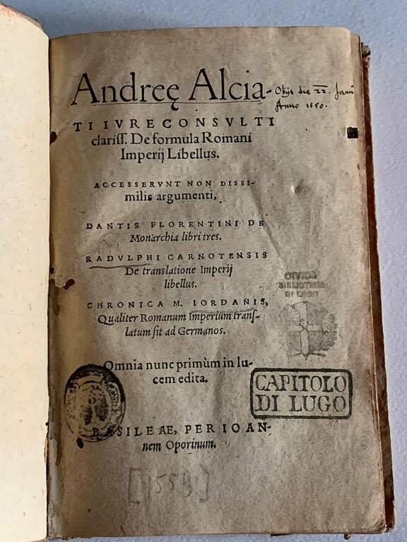 volume di Andreae Alciati De formula Romani imperij libellus