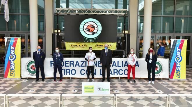 Campionati Italiani Indoor a Rimini:l'arco Club Riccione fa centro in categoria ragazze