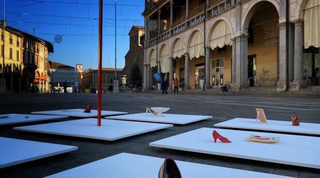 piazza del popolo faenza  - femminicidio