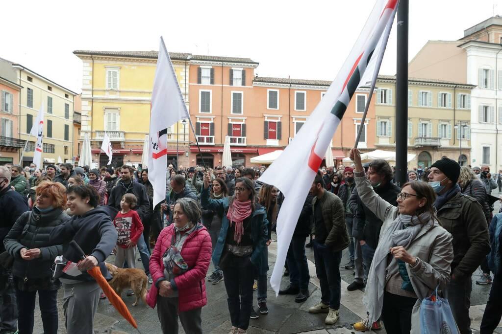 Ravenna_Manifestazione_3V_foto 1