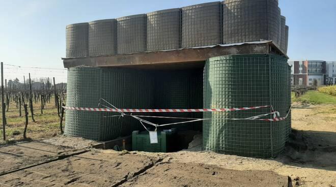 Il bunker predisposto dai militari della Folgore per le operazioni di disinnesco bomba Via Madonna di Genova