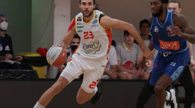 Tommaso Oxilia OraSì Basket Ravenna