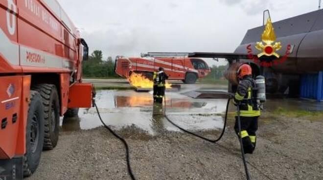 Vigili del fuoco di Rimini corso aeroportuale