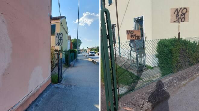 A Mezzano continua la battaglia contro l'inquinamento: cartelli esposti per il passaggio del Giro