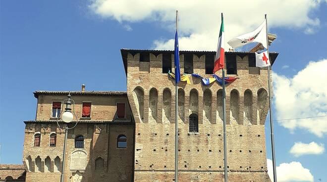 bandiera croce rossa Rocca di Lugo