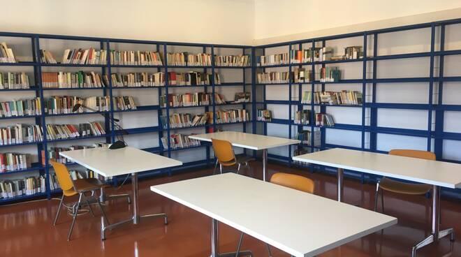 biblioteca lugo