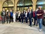 Bonaccini nel ravennate: visita al centro vaccinale di Castel Bolognese e all'intitolazione a Zaccagnini del Centro San Michele