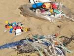 mare inquinamento plastiche legambiente