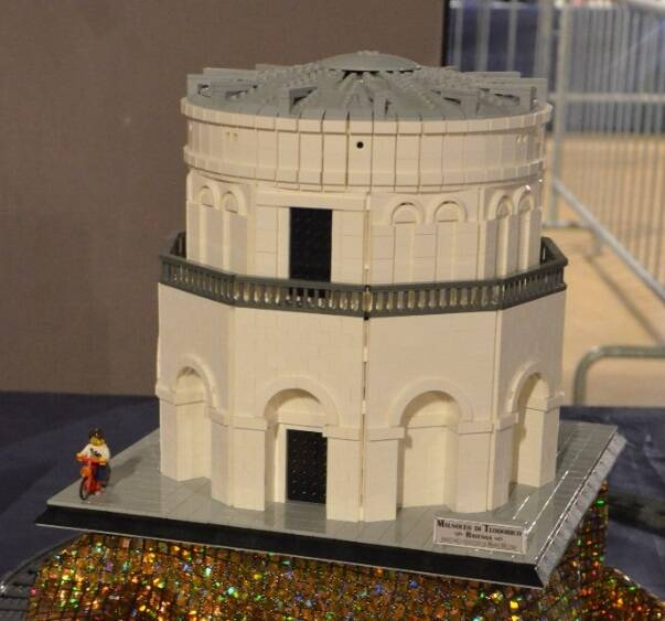 Mausoleo di Teodorico di oltre 4000 Lego