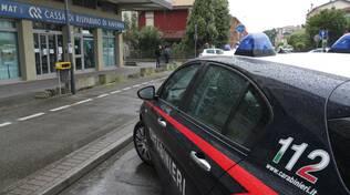 rapina alla filiale della Cassa di Risparmio di Ravenna in via marche