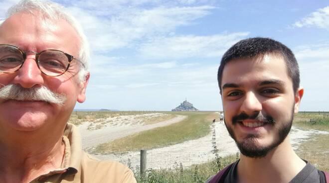 sullo sfondo il Mont St Michel