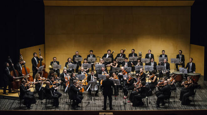 Orchestra_Maderna