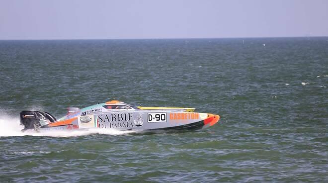 Offshore: conclusa la prima giornata del week-end di gara a Marina di Ravenna