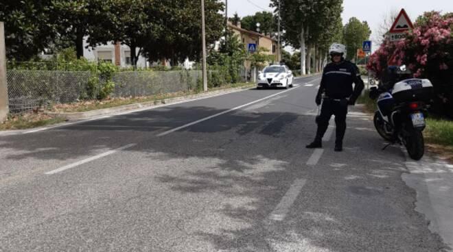 Polizia locale - passaggio campionati italiani di ciclismo