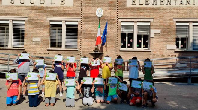 Sant'Agata sul Santerno: consegnati gli attestati di partecipazione al Piedibus