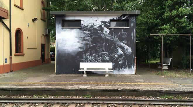 Strage Bologna: alla stazione di Classe un murale per ricordare le vittime