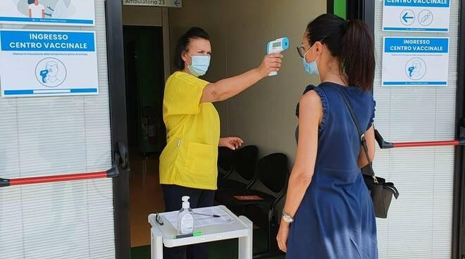 vaccinazione in azioneda - hub aziendale Romagna Medical Center ravenna