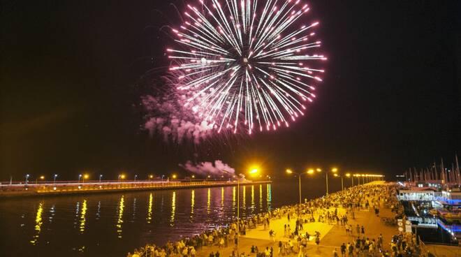 fuochi d'artificio marina di ravenna