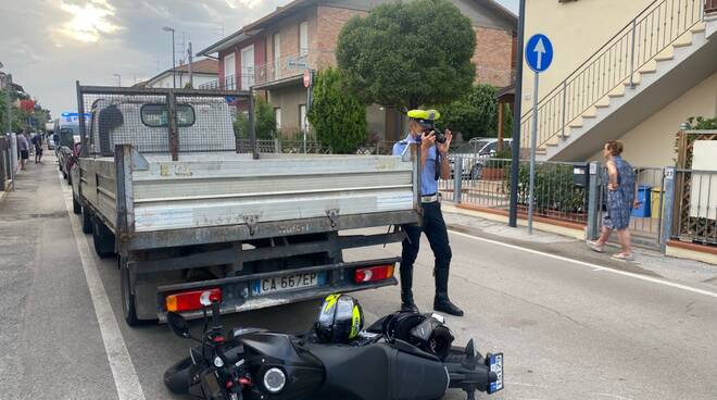 Ravenna_incidente_moto_furgone