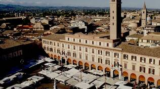 mercato forlì