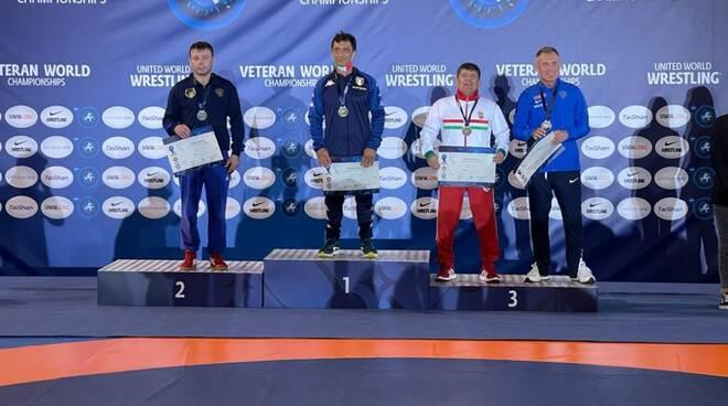 Piccinini - Oro Campionati Mondiali Veterani di lotta