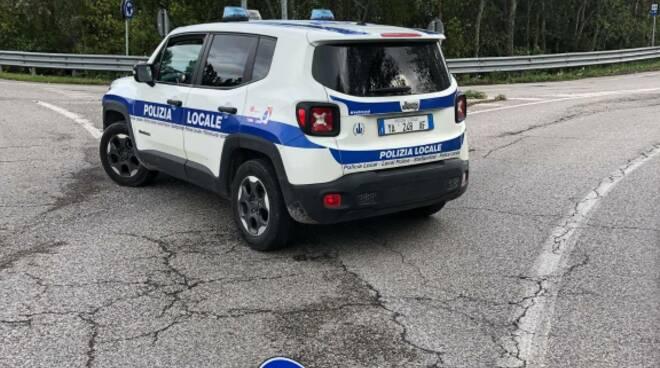 Si ribalta camion sulla strada provinciale: traffico bloccato fra via Reale ad Alfonsine e la frazione di Villaprati
