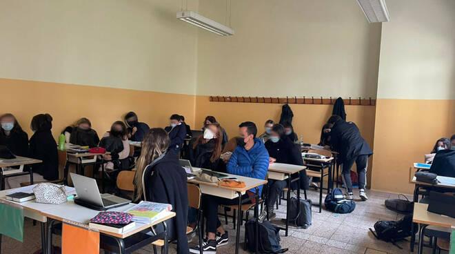 studenti freddo liceo linguistico ravenna